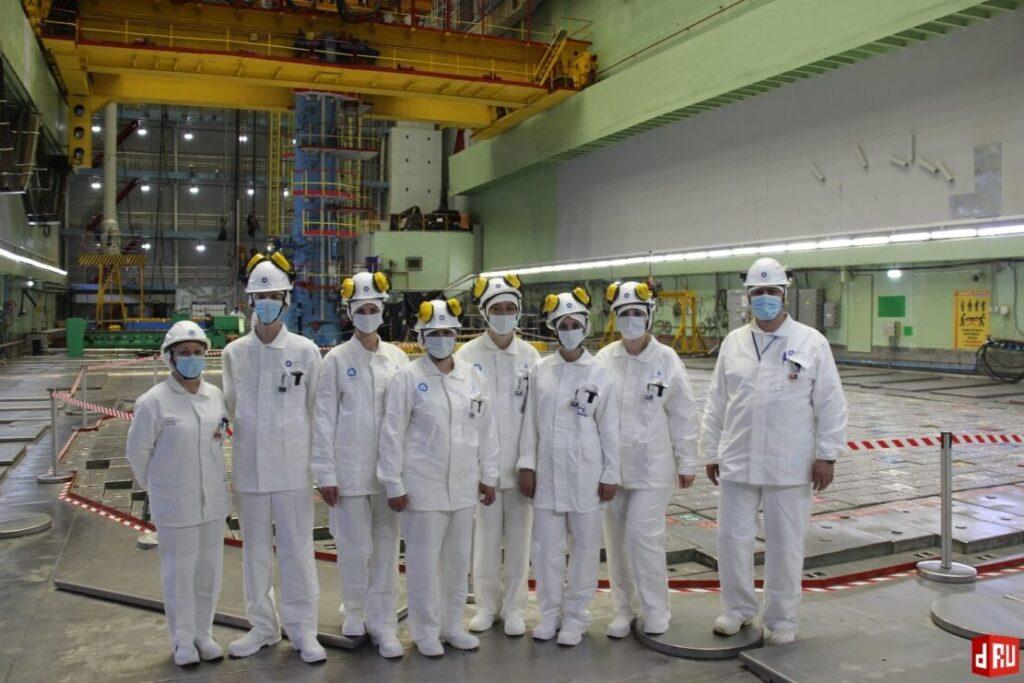 vizit-gos-inspektorov-2-1024x683 Представители трудовой инспекции отметили хорошую организацию производства на Смоленской АЭС